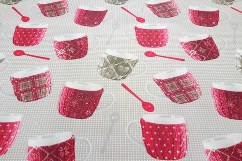 Resinated tablecloth Mugs Rouge